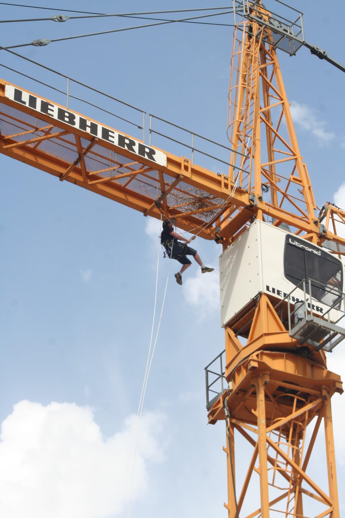 travaux acrobatiques 06